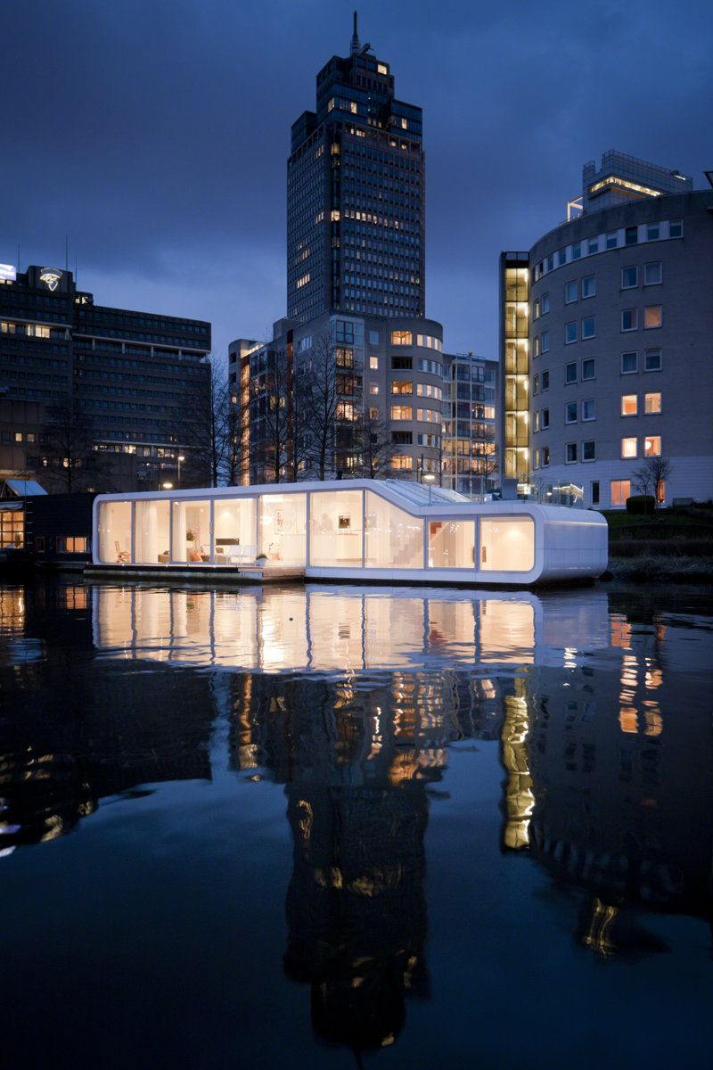 Floating House Architecture: 12 Wow Designs on the Water | Pinterest ...