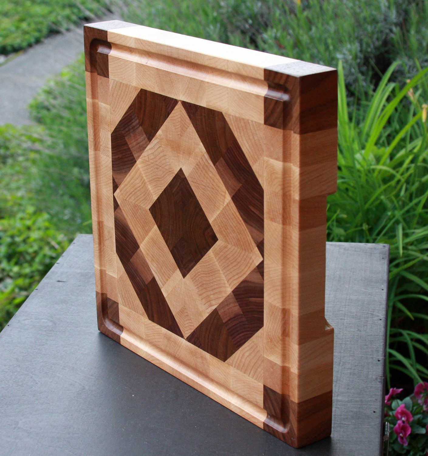 End grain cutting board by sage woodcraft sage woodcraft for Cutting board designs