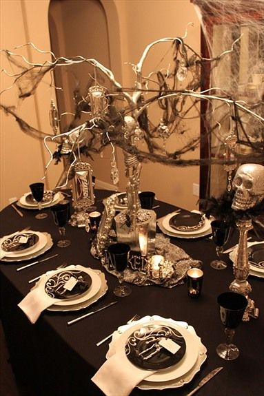 wicked table setting A Party Idea Pinterest Celebrations - halloween table setting ideas