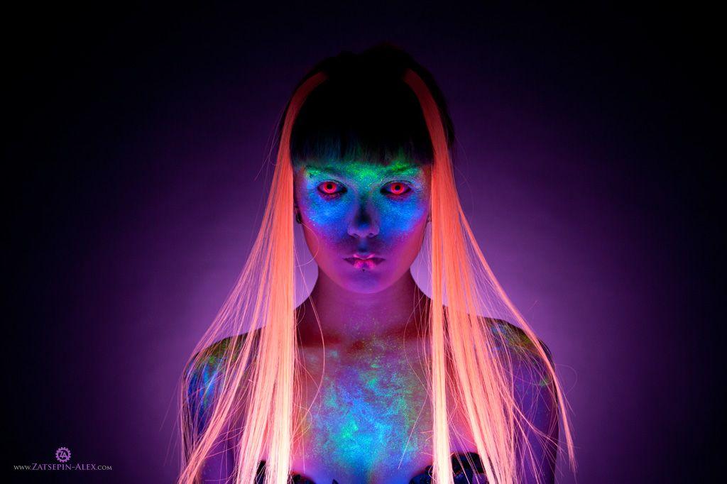 Model: Elisanth |  Title: «UV» |  Photographer: Zatsepin Alex |  Makeup: Inna Tsolova |  #Elisanth |  Pin by @settimamas