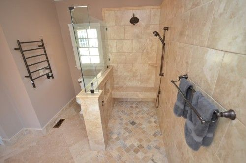 UNIVERSAL DESIGN Accessible Lifestyle Pinterest Bath, Handicap