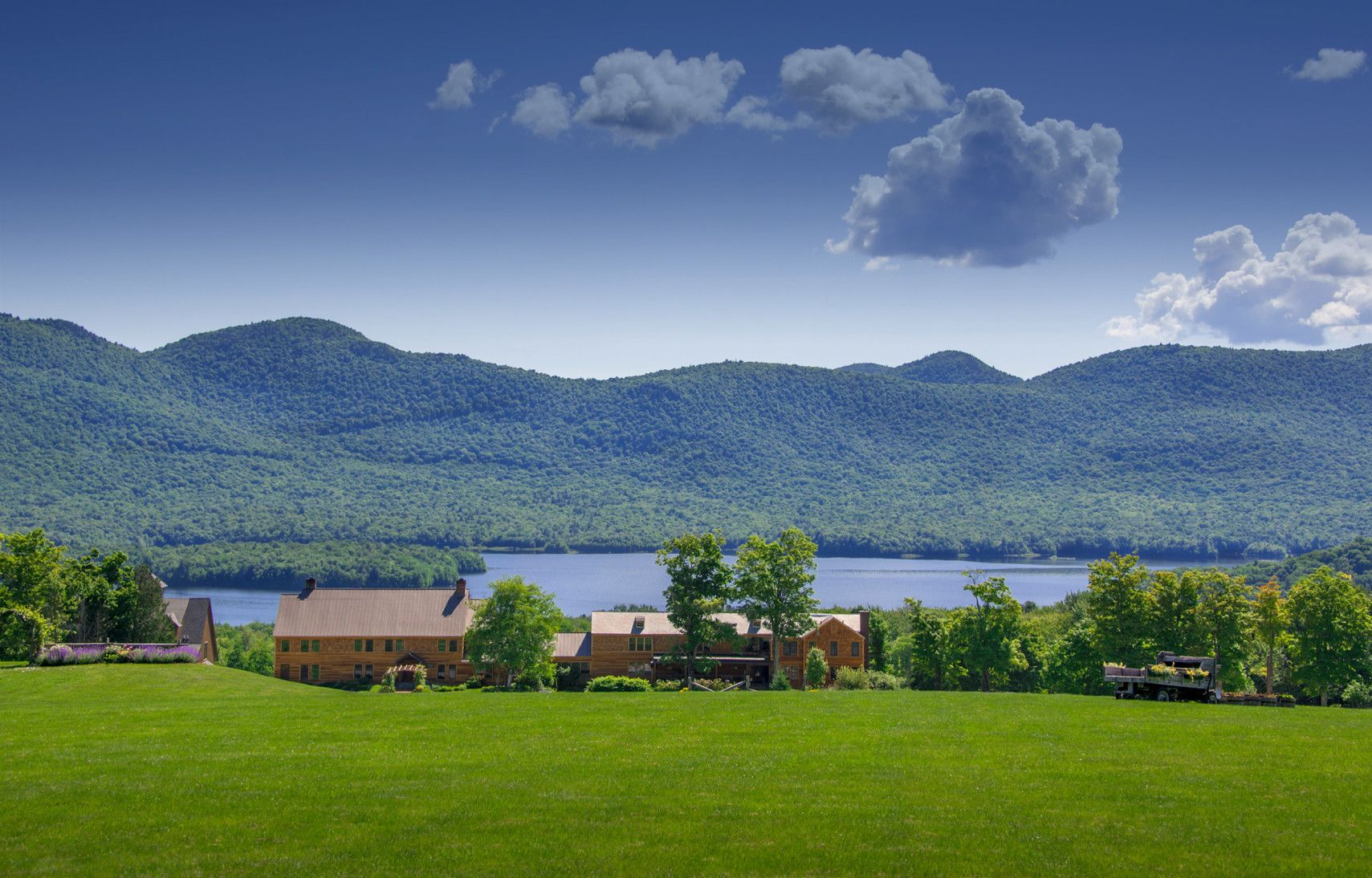 mountain top inn & resort is a 4-season vermont resort perfect for a