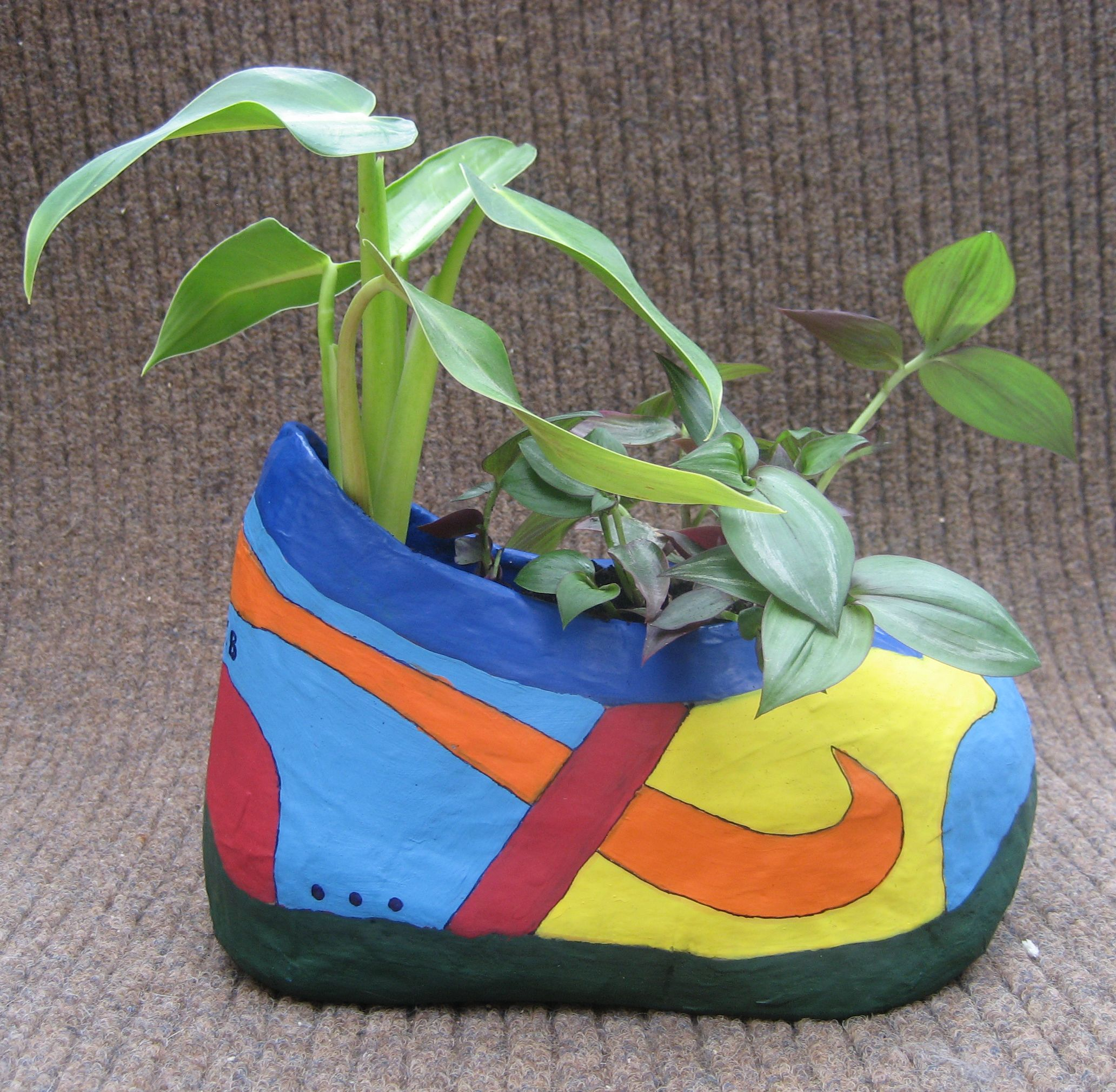 Boot Made Out Of Paper Mache And Used As A Flower Pot Allies Ideas