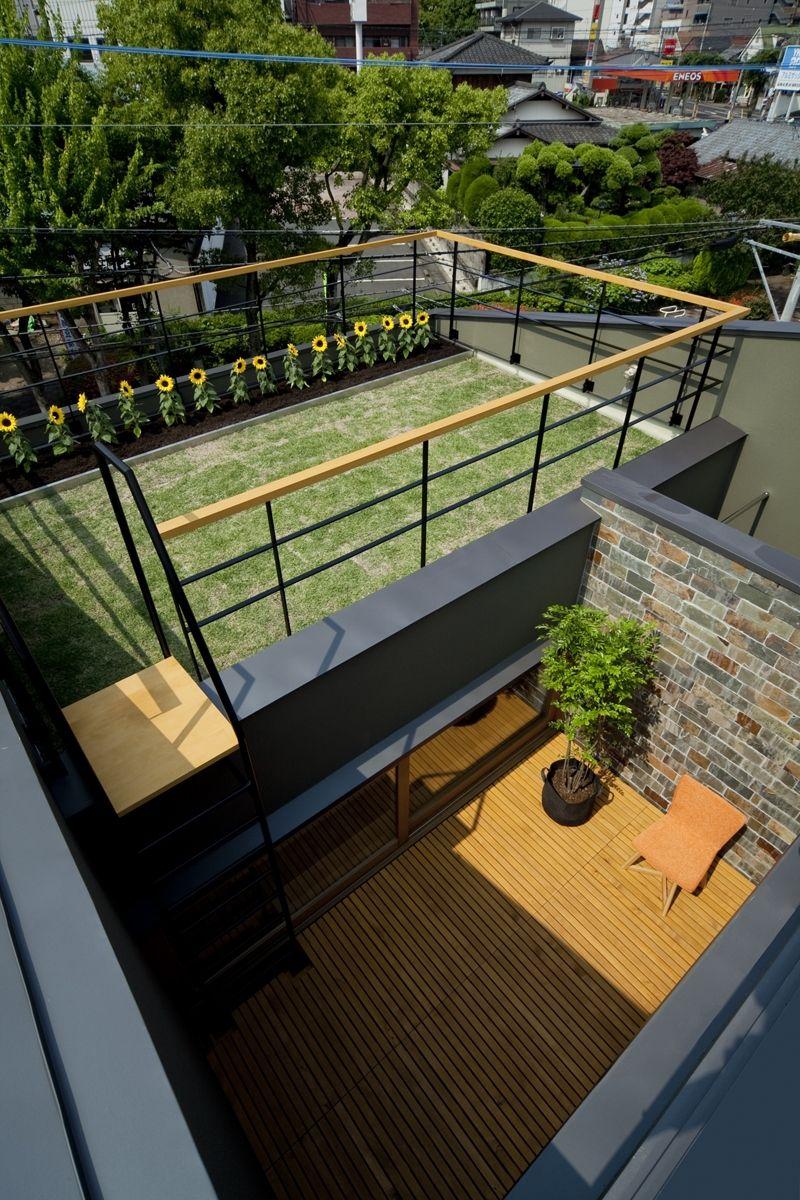 夏の日の楽しみ 日向ぼっこスペースつくりました 屋上庭園 住宅建築デザイン テラス
