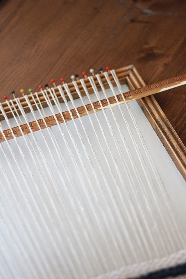 DIY Weaving Loom from Picture Frame   Pinterest   Weaving looms ...