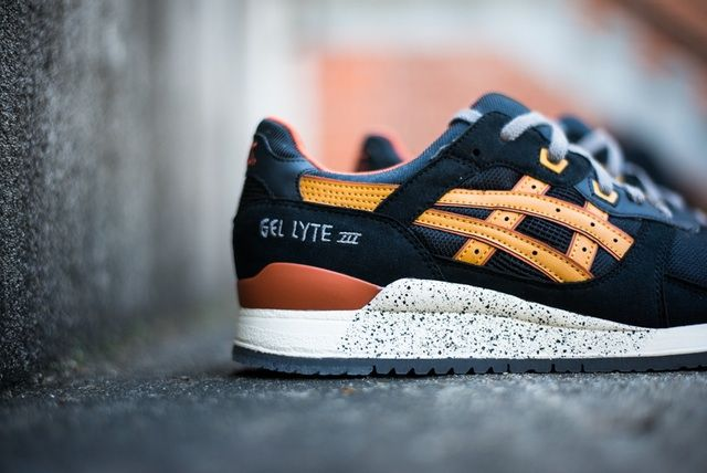 Baskets Asics Gel Lyte III Black / Tan