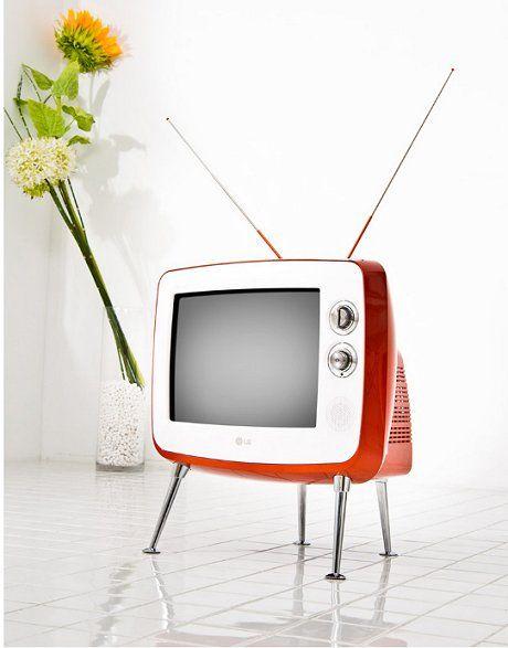 Lg Retro Classic Tv For Korea Only So Far Retro Modern Design Retro Tv Retro Renovation