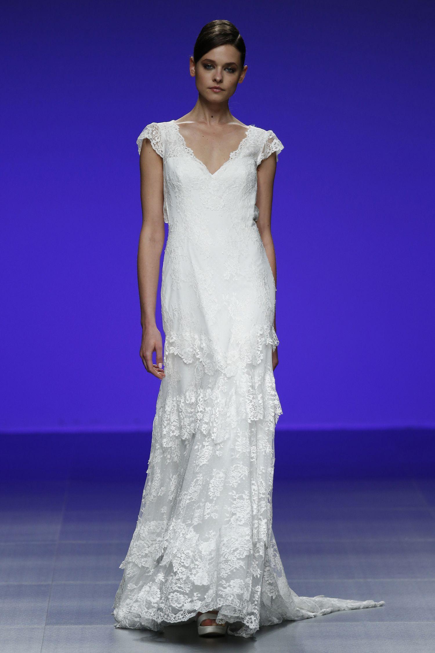 Kuvahaun tulos haulle indulgence cymbeline | The Wedding dress ...