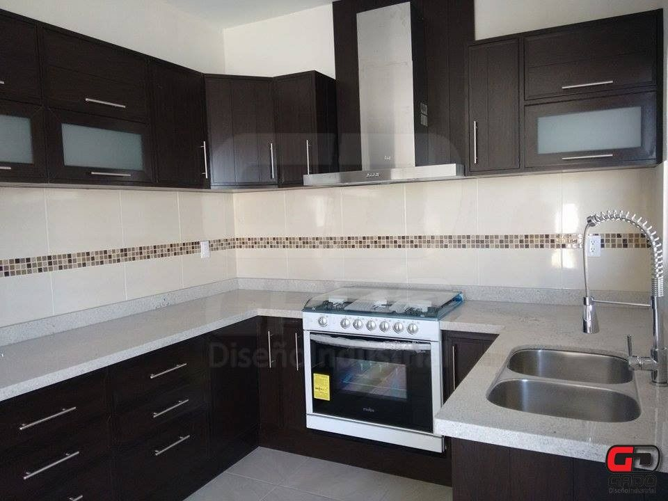 Cocina con cubierta de granito cocinas integrales - Granito para cocinas ...