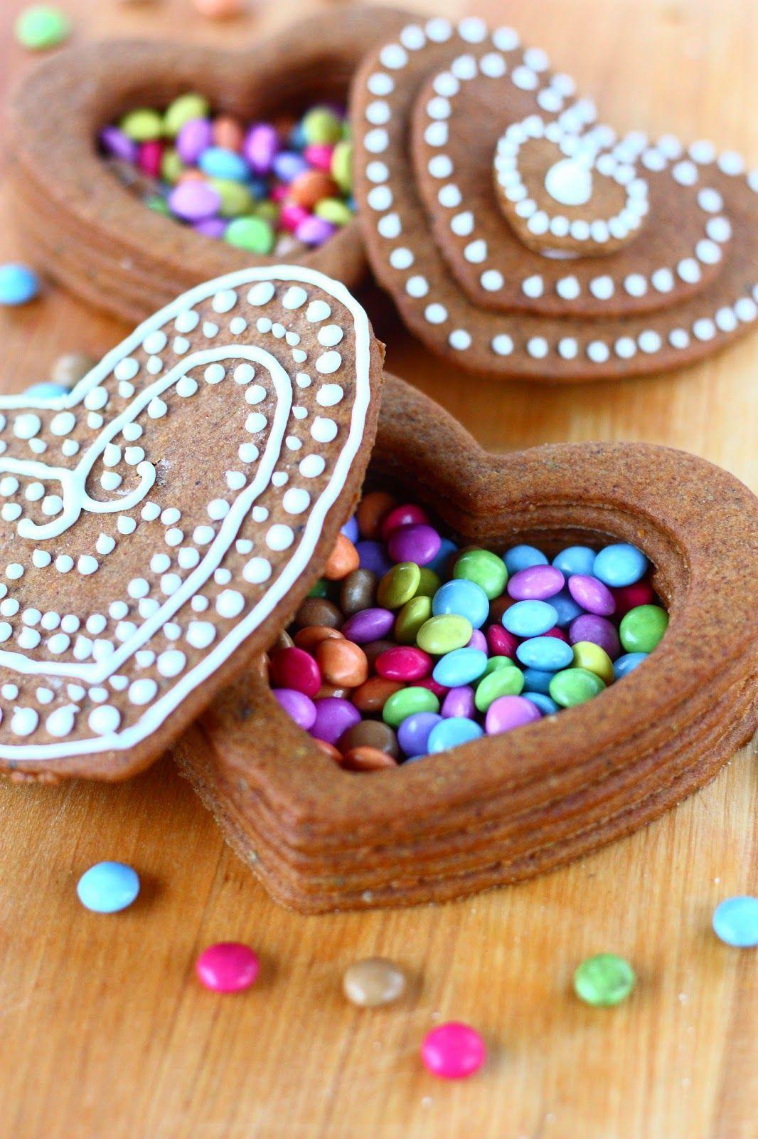 Suklaapossu: Piparkakkurasiat ja iso piparkakkutalo