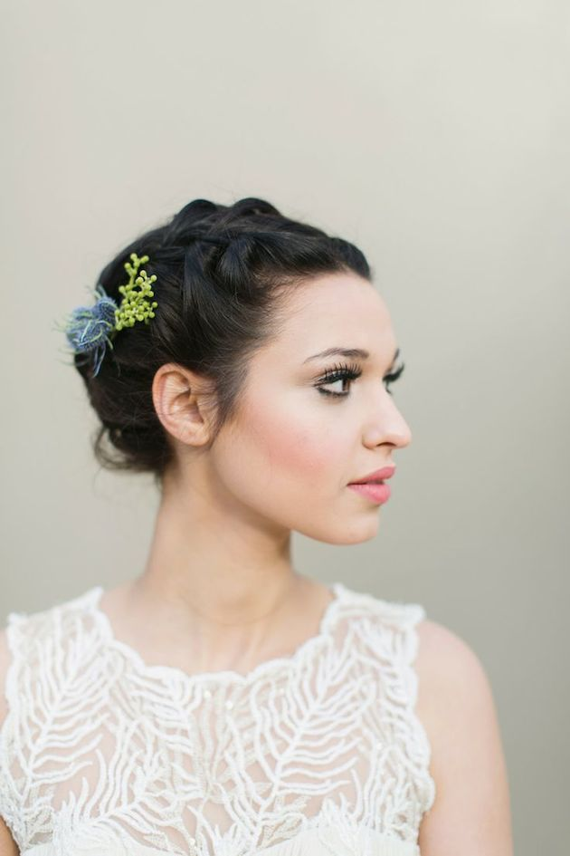 Short hair can look pretty up too!! Not just for weddings--How to Wear a Bob for your Wedding | Bridal Bobs | Bridal Musings Wedding Blog 1