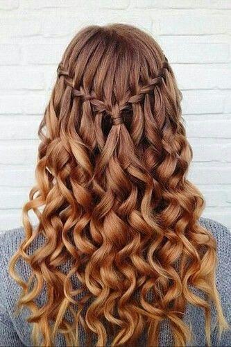 Geflochten Und Lockig Frisuren Frisur Abschlussfeier Lange Haare
