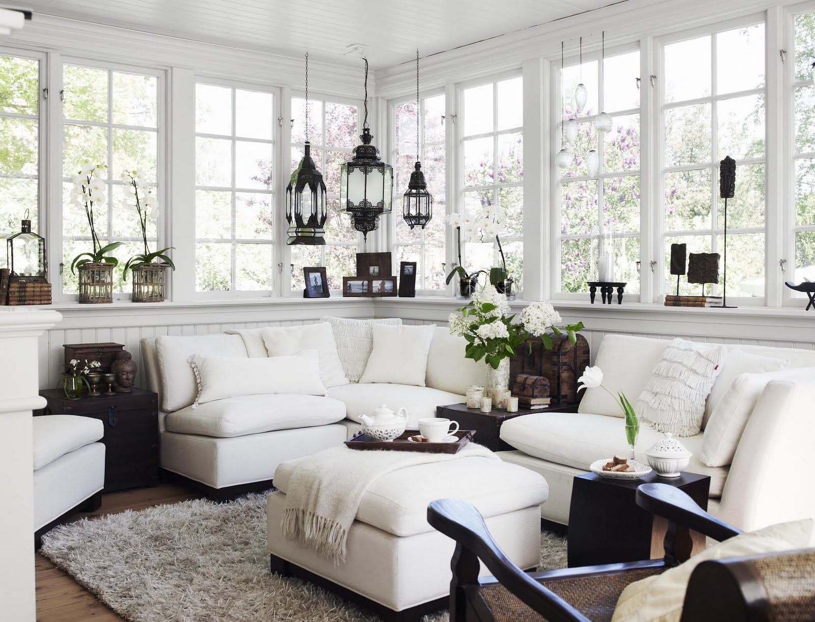 Window ideas for a sunroom  den vita dröm gården augusti   spaces  pinterest  sunroom