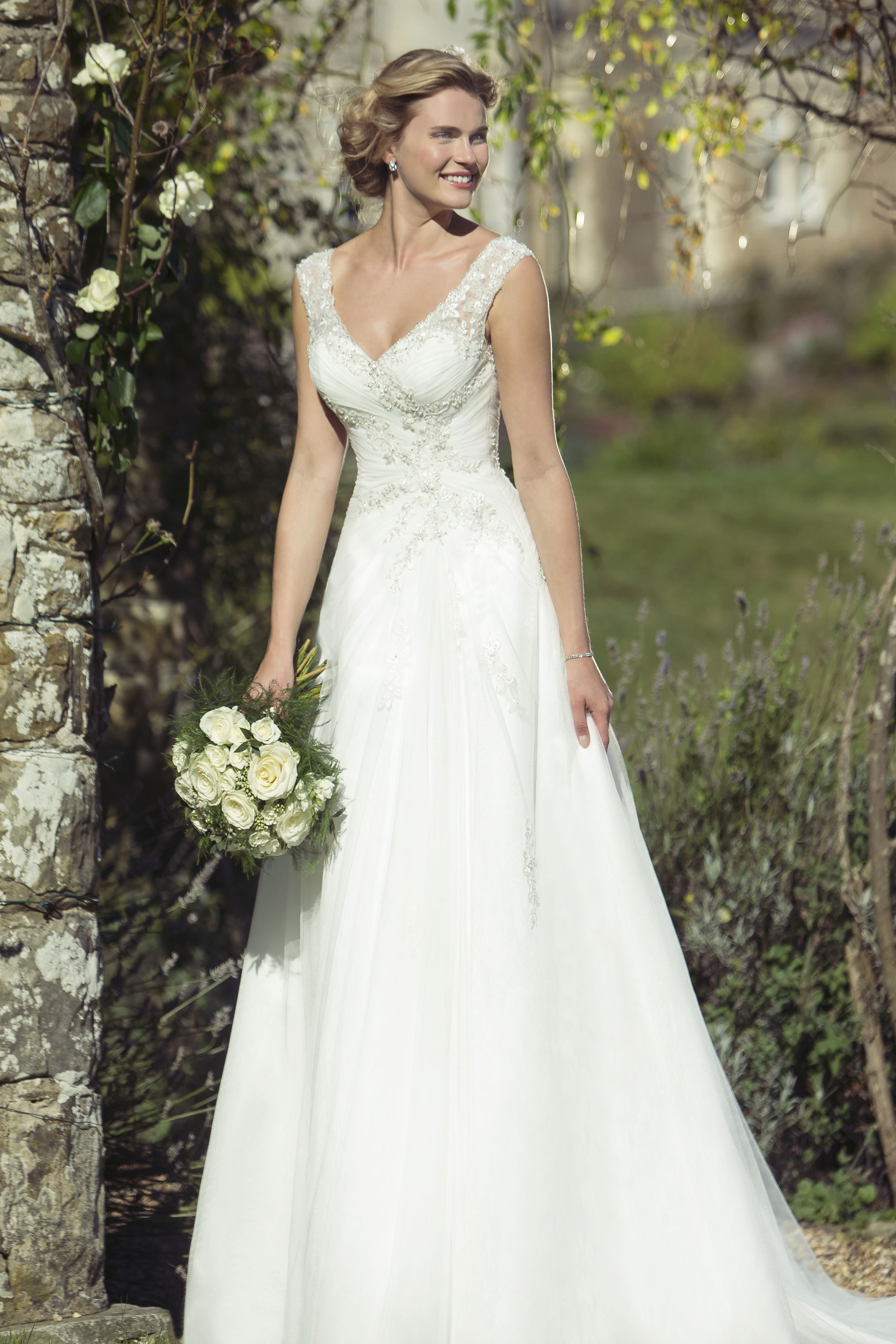 W208 new 2016 collection in stores january stunning tulle w208 new 2016 collection in stores january stunning tulle bridal gown with sheer ombrellifo Image collections