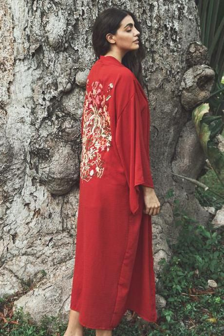 Passion Kimono hand embroidered with flowers by artisans from remote communities in Mexico. Handmade in Mexico Natural Dye Hand Wash or Machine Wash Delicate One Size LA TROUPE
