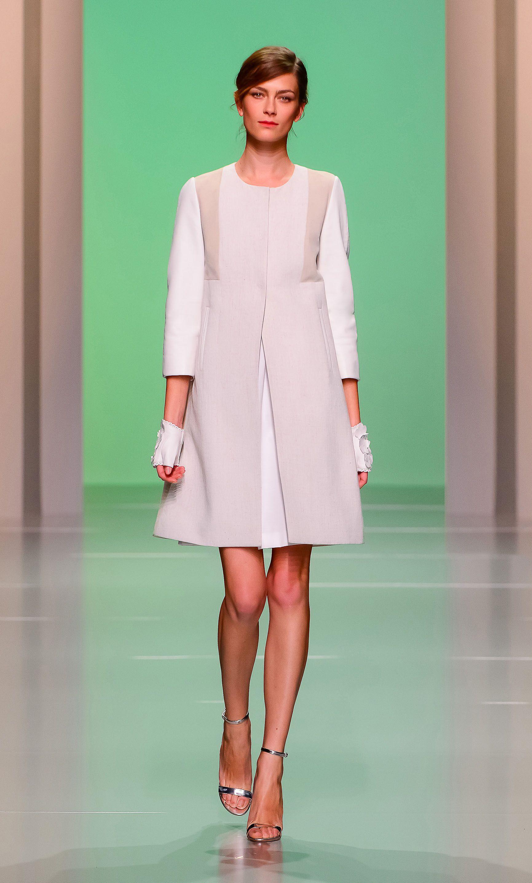b0d2c37cdb1f6 Tara Jarmon Tara Jarmon, Robe Blanche, Manteau, Idee Look, Mode Féminine,