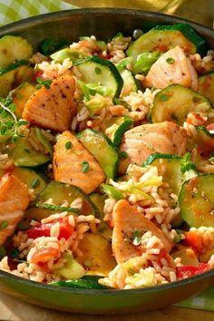 Leichtes Alltagsgericht: Lachspfanne mit Zucchini #gesundesessen