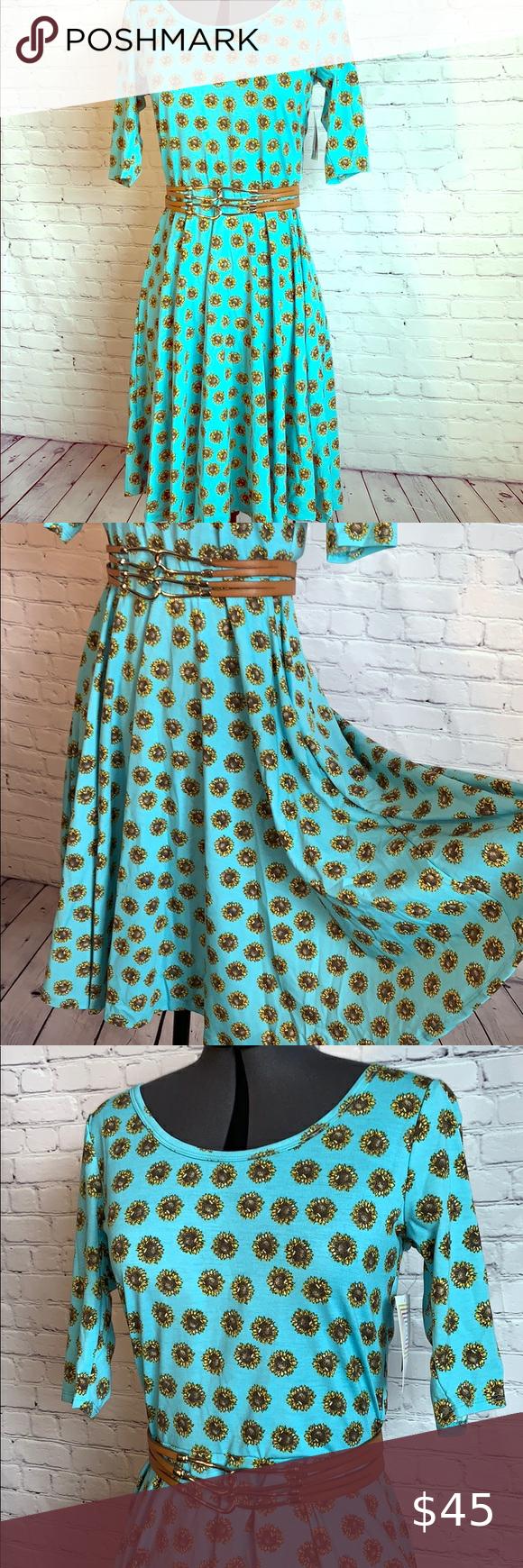 Nicole Ribbed Knit Midi Dress | Knit midi dress, Midi
