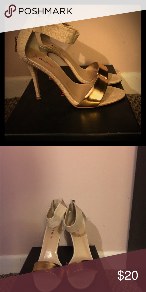 Shoes Beige dangle with gold strap Shoes Sandals