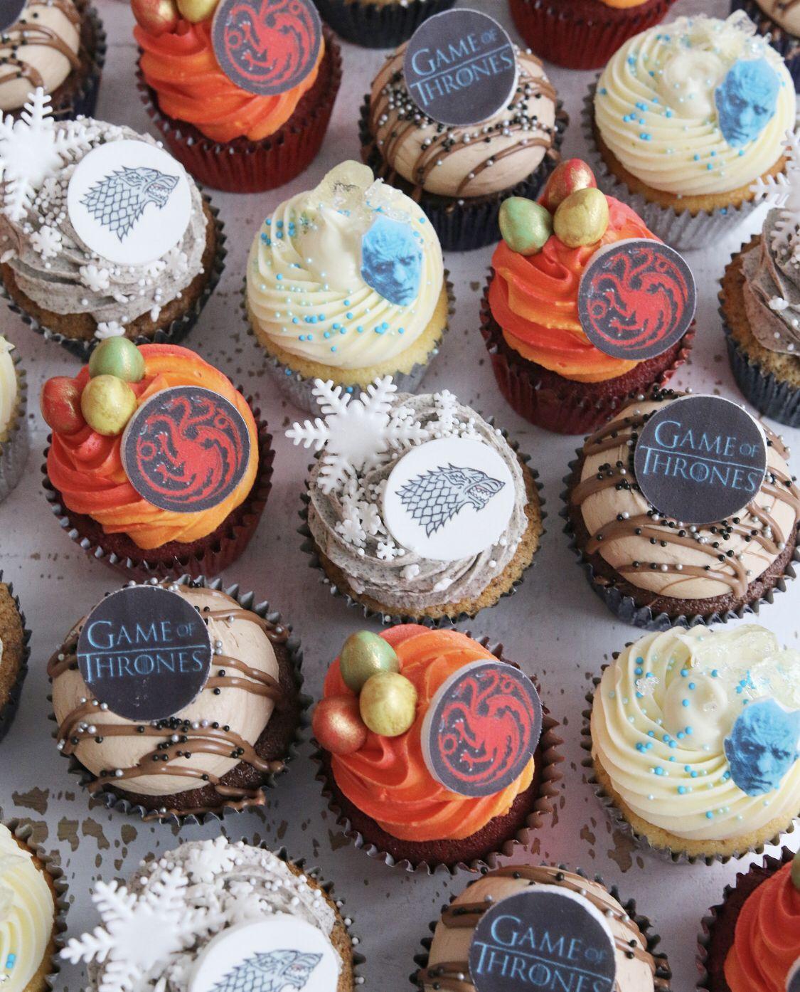 Bespoke Cupcakes In 2020 School Treats Cupcakes Treats
