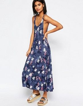 b6bc24d6ae12 ASOS Dropped Armhole Trapeze Dress in Floral Print | WARDROBE ...
