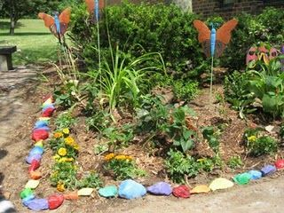 This Would Look Pretty In The Garden At School Garden Pinterest