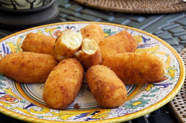 Crocchette di patate (Potato Croquettes)