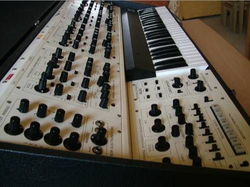 #Oberheim 4 Voice #Polyphonic #Synthesizer - Produced (1975-79)