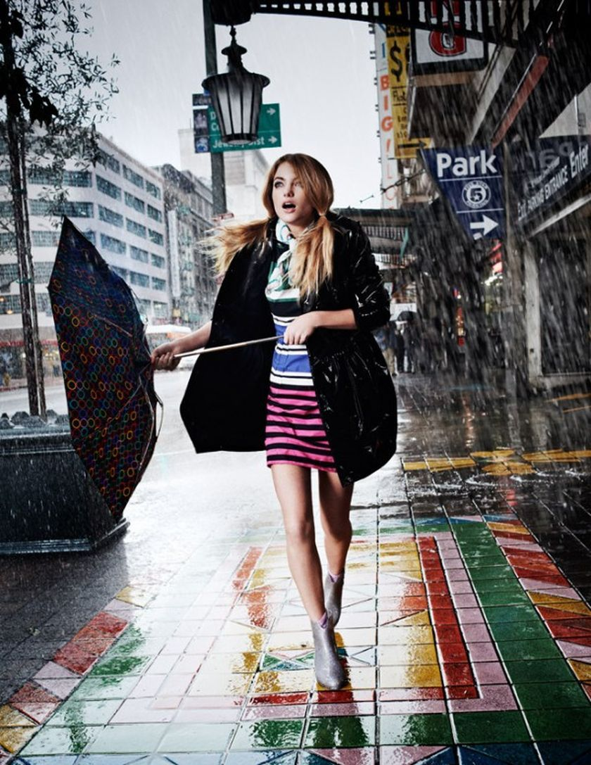 How to Keep Awesome Look with Rainy Day Outfit Style https://fasbest.com/keep-awesome-look-rainy-day-outfit-style/