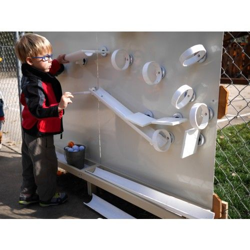 The Outdoor Magnet Wall Mounts To The Fence Of Your Outdoor Classroom,  Creating A Place Of Creative Engineering With A Variety Of Magnetic Ramp  Play Tools.