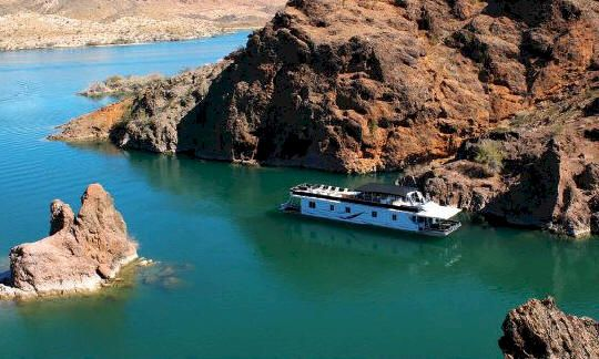 i ll like to rent a houseboat on lake havasu for a couple weeks