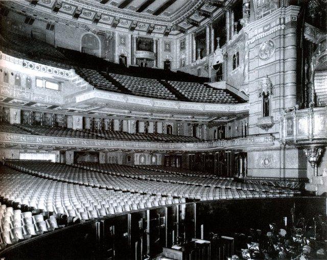 Roxy New York City 1920 S Roxy Theater Classic Movie Theaters New York Tours