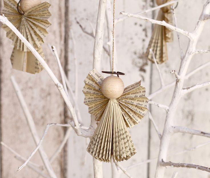 bildergebnis f r basteln mit alten b chern weihnachten b cher falten alte b cher engel. Black Bedroom Furniture Sets. Home Design Ideas