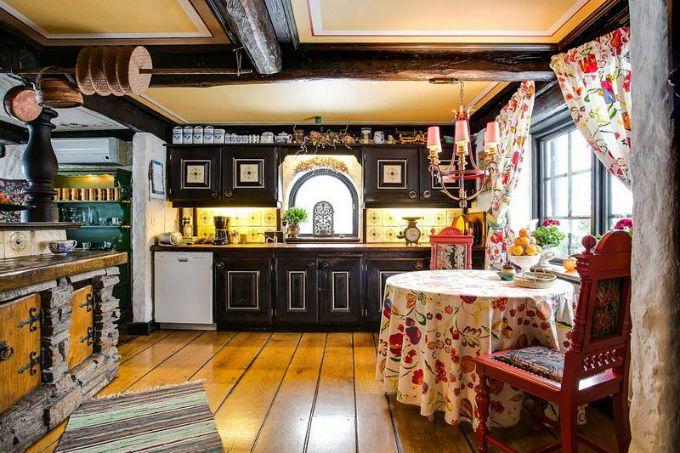 Rustic Scandinavian House 6