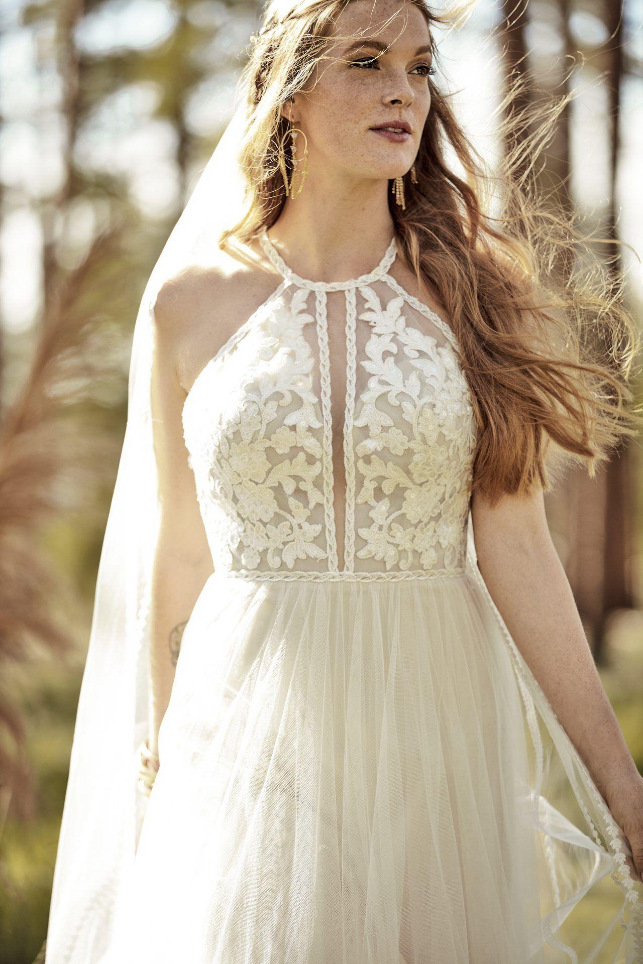All Who Wander Boho Wedding Dress Lace Wedding Dresses Boho Wedding Dress [ 1920 x 1280 Pixel ]