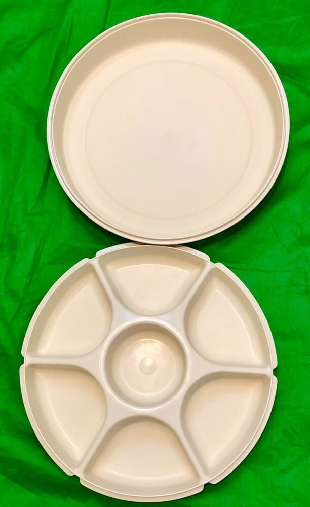 Tupperware Serving Center Vegetable Fruit Divided Party Tray With