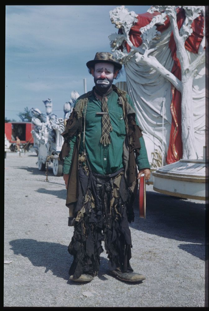 Emmett Kelly, clown, Ringling Brothers and Barnum & Bailey Circus, Chicago, Aug. 2, 1949. (Charles W. Cushman)