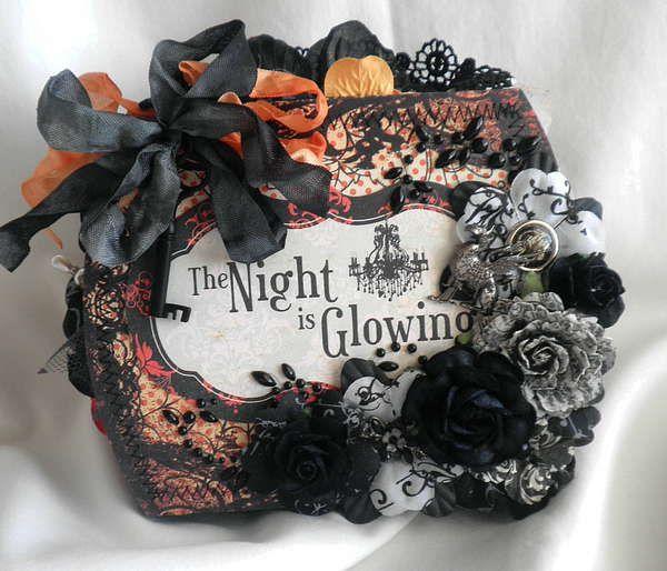 Halloween Shabby Chic Mini Album Purse.