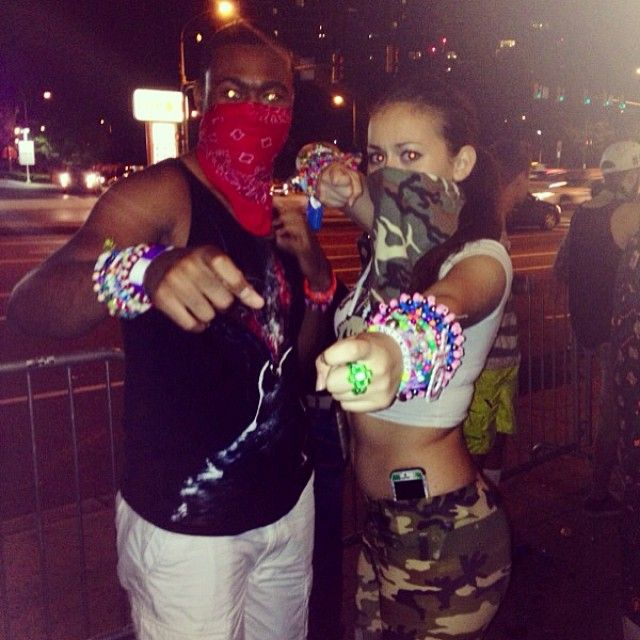deff look like a G with that kandi ring on looll #soundgardenhall #whatsonot #philly #trap #rvnthetrvp #caughtinthetrap #drillin #camo #kandi #kandikids #bandanas #edm #kandi Check more at http://www.voyde.fm/photos/random-instagram/deff-look-like-a-g-with-that-kandi-ring-on-loollsoundgardenhall-whatsonot-philly-trap-rvnthetrvp-caughtinthetrap-drillin-camo-kandi-kandikids-bandanas-edm/