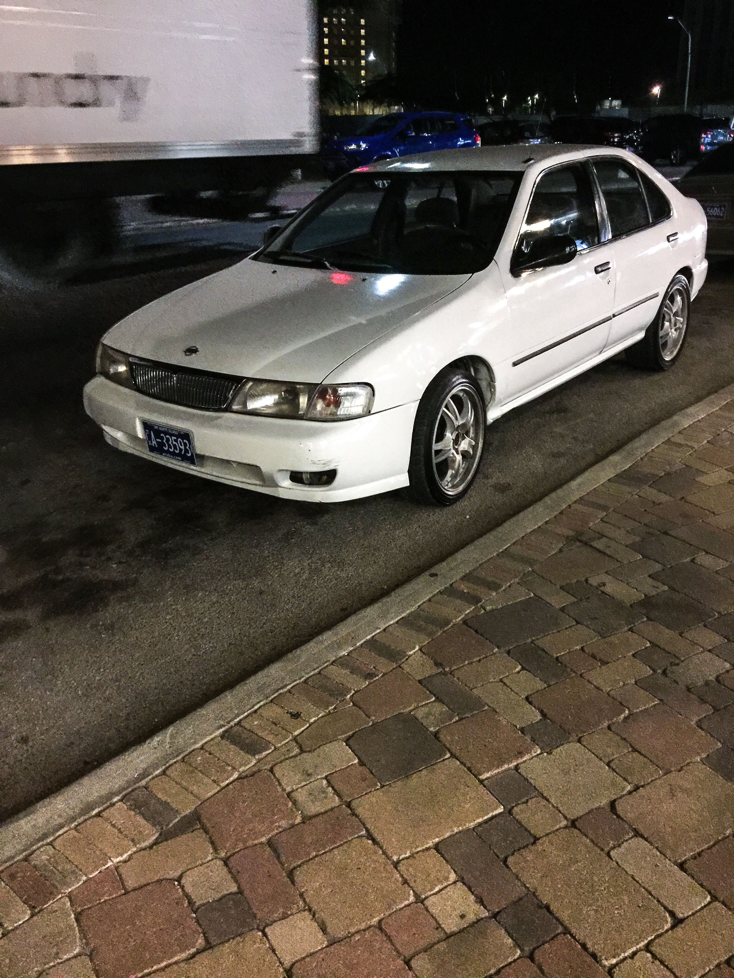 Nissan Sentra Rare Front End http://www.losfizz.com Nissan Sunny