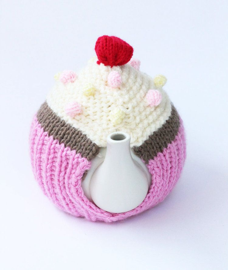 Free cupcake tea cosy novelty knitting pattern free knitting free cupcake tea cosy novelty knitting pattern dt1010fo