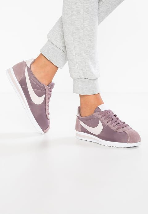 4028bf32 Baskets basses Nike Sportswear CLASSIC CORTEZ NYLON - Baskets basses -  taupe grey/silt red
