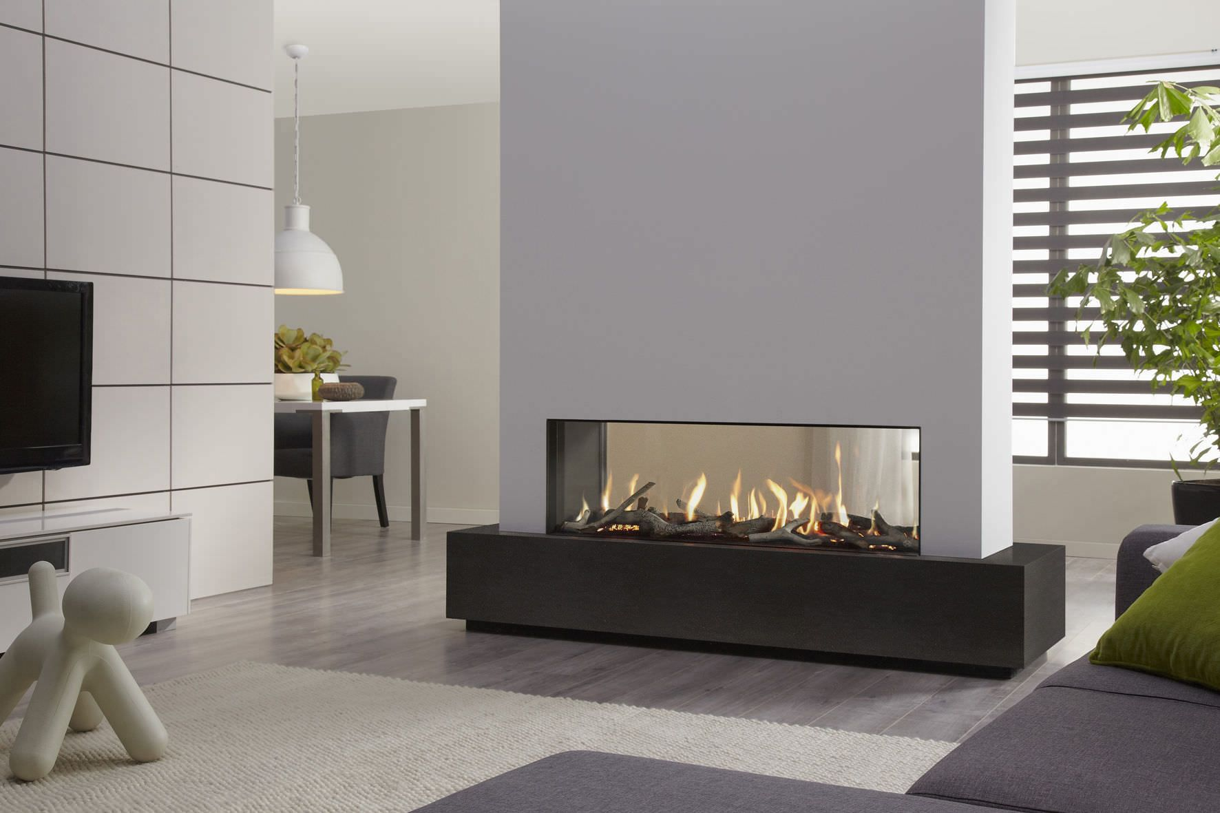 Gas Fireplace Contemporary Closed Hearth Floor Mounted Dru Metro 130Xt Tunnel