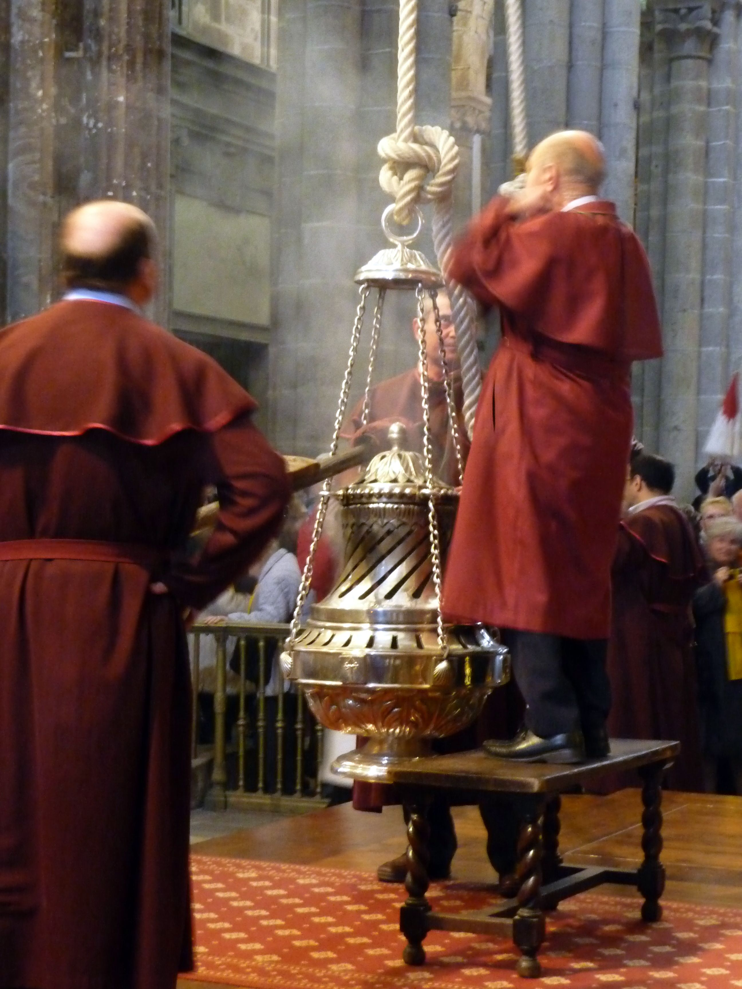 Cathedral Of Santiago De Compostela Botafumeiro An Amazing Experience At Pilgrim Mass Spain Pilgrimage Santiago De Compostela Camino De Santiago