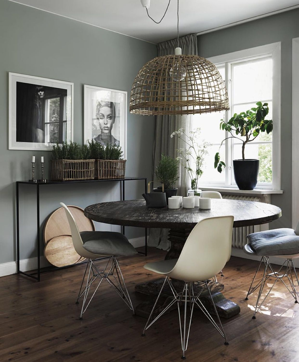 Sage Green Dining Room: Very Attainable Yet Stylish Little Dining Area. I Love All