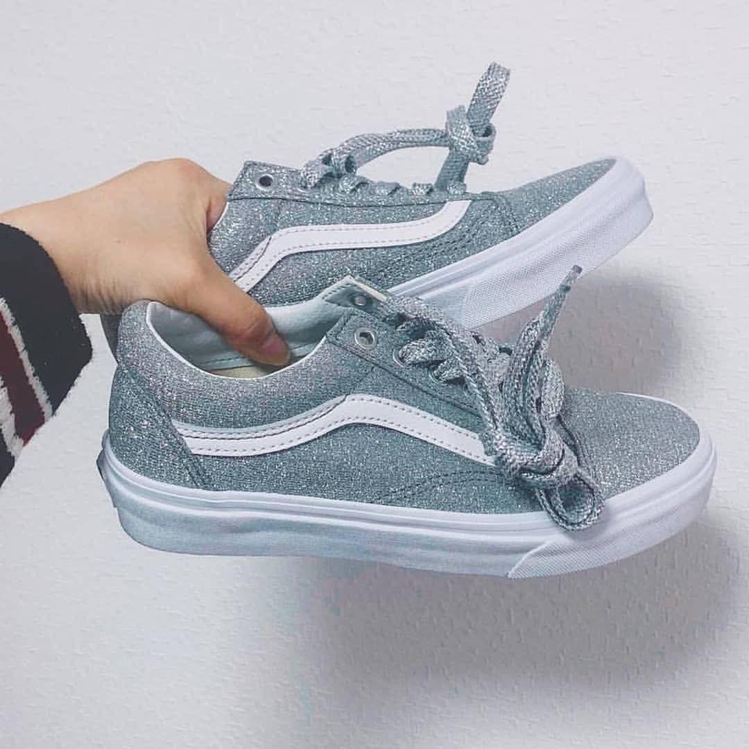 Pin de Sara Villacis en Shoes   Zapatos, Zapatos vans y