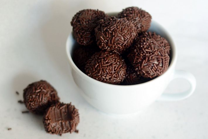 How to Make Brigadeiros at Home – On The Craftsy Blog!