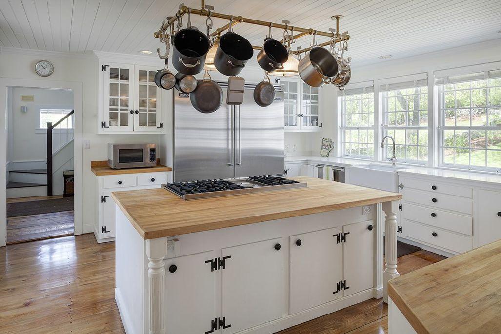 Farmhouse Keuken Landelijk : Landelijke keuken met eiland landelijk wonen design