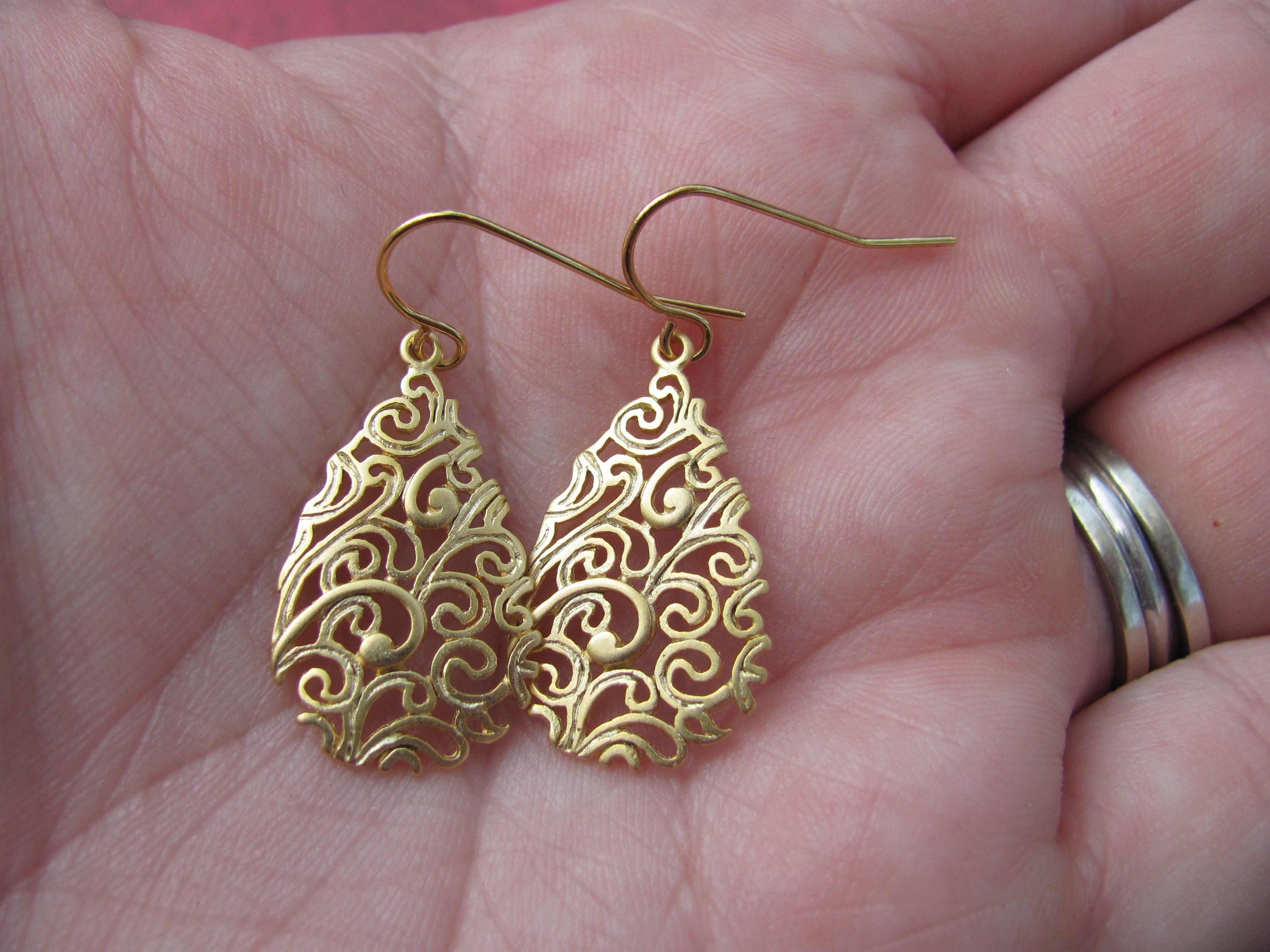 Gorgeous In Gold  Thebeautifuljewel
