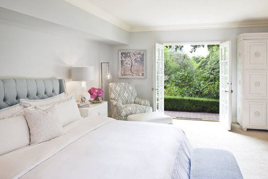 I love how light & airy this bedroom is.